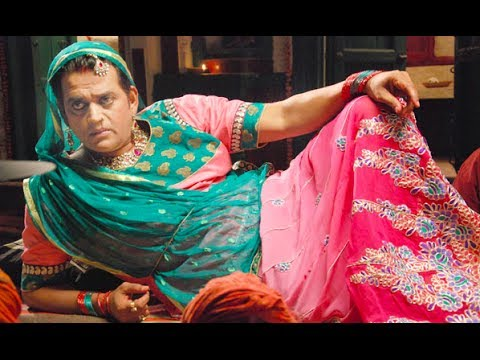 Ravi Kishan Debuts As Women In Bullet Raja !