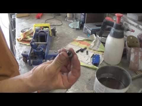 Как починить подкатной домкрат