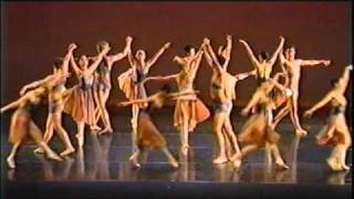 Yellow River ballet group performance 2011