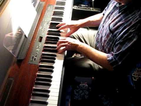 THE YELLOW RIBBON ROUND THE OLD OAK  - piano Roman Bochenek