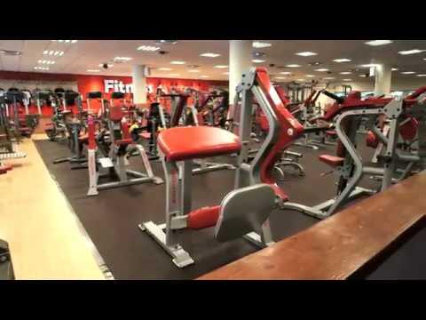 fitness world falköping
