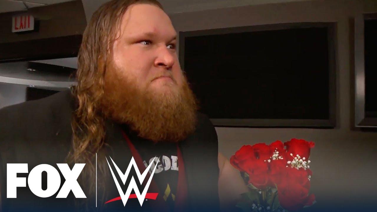 WWE Universe reacts to Otis & Mandy Rose's WrestleMania kiss ...