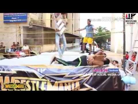 WWE Versi India Gokil nihh.....!!!! Very Funny