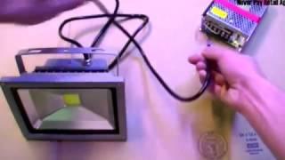 видео Светодиодный прожектор 12 вольт