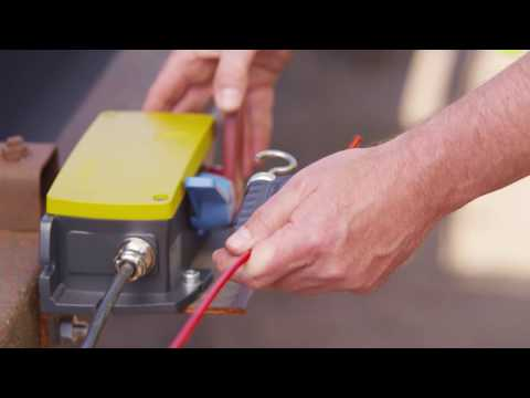 Installation of emergency pull-wire switch ZS 92 S // steute Extreme