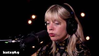 Basia Bulat - True Love Will Find You In The End (ACL Fest Pop-Up Session)