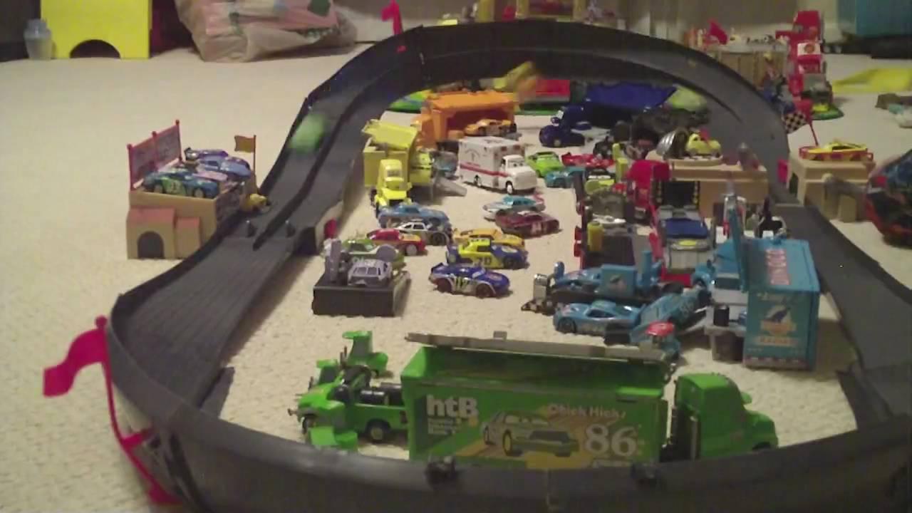 disney cars cadillac range racetrack 61 piece set instructions