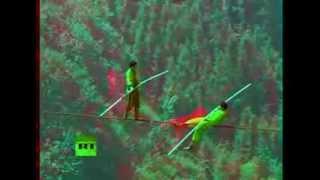 Три канатоходца над пропастью  ( 3 д анаглиф. красно-синие очки)(видео преобразованно в 3 д., 2013-12-11T02:44:33.000Z)