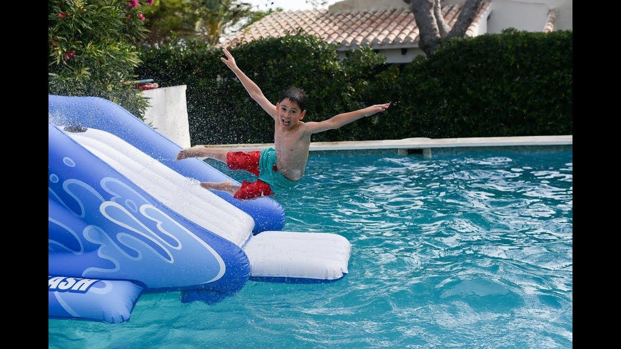 Tobog n acu tico de intex diversi n en la piscina youtube - Tobogan hinchable para piscina ...