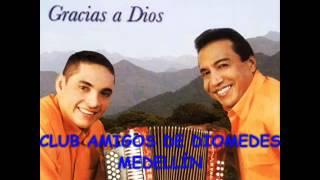 11 MENTIRAS DE LA GENTE - DIOMEDES DÍAZ & EL COCHA MOLINA (2002 GRRACIAS A DIOS)
