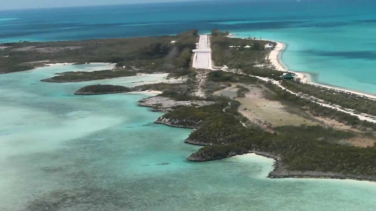Landung auf Normans Cay (Bahamas)