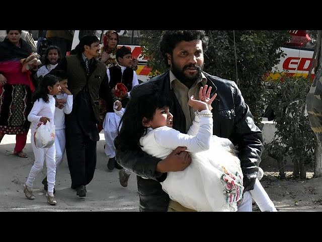 <h2><a href='https://webtv.eklogika.gr/pakistan-polynekri-epithesi-se-christianiki-ekklisia-stin-poli-keta' target='_blank' title='Πακιστάν: Πολύνεκρη επίθεση σε χριστιανική εκκλησία στην πόλη Κέτα…'>Πακιστάν: Πολύνεκρη επίθεση σε χριστιανική εκκλησία στην πόλη Κέτα…</a></h2>