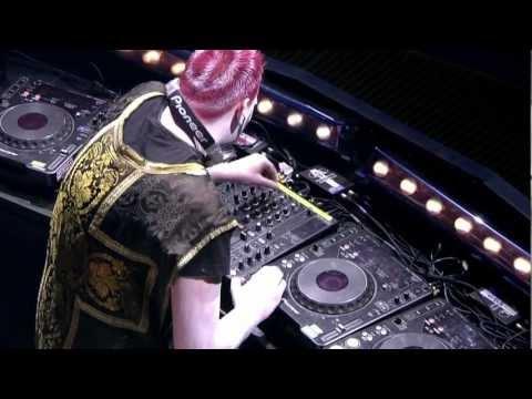Qlimax 2008 DVD - D-Block & S-Te-Fan (HD)