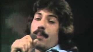 Tony Orlando &  Dawn - Tie A Yellow Ribbon Round The Ole Oak Tree ) TOTP ) 1973