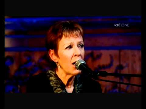 T with the Maggies - Don Oíche úd I mBeithil