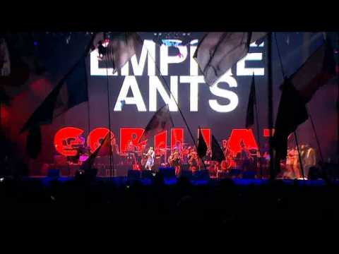 Gorillaz - Empire Ants (Live @ Glastonbury 2010)