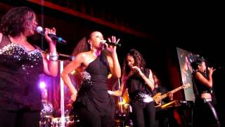 En Vogue, Giving Him Something He Can Feel, BB King Blues Club, NYC 6-24-10 (HD)