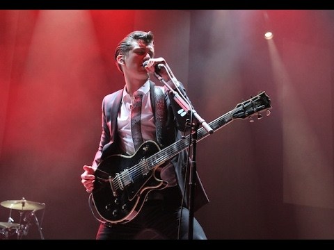 Arctic Monkeys - Brianstorm @ Not So Silent Night 2013 - HD 1080p