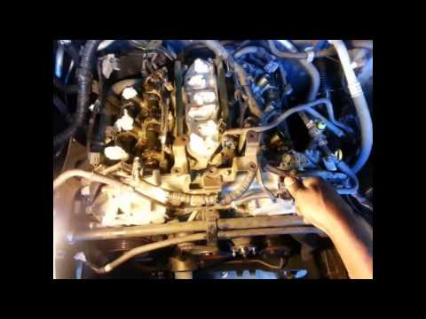 2005 - 2008 Nissan Frontier timing chain replacement Part 1