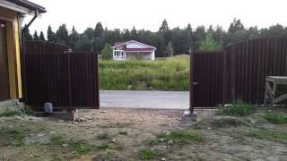 Автоматические откатные ворота.(Работа автоматических откатных ворот на участке., 2013-10-02T11:19:53.000Z)