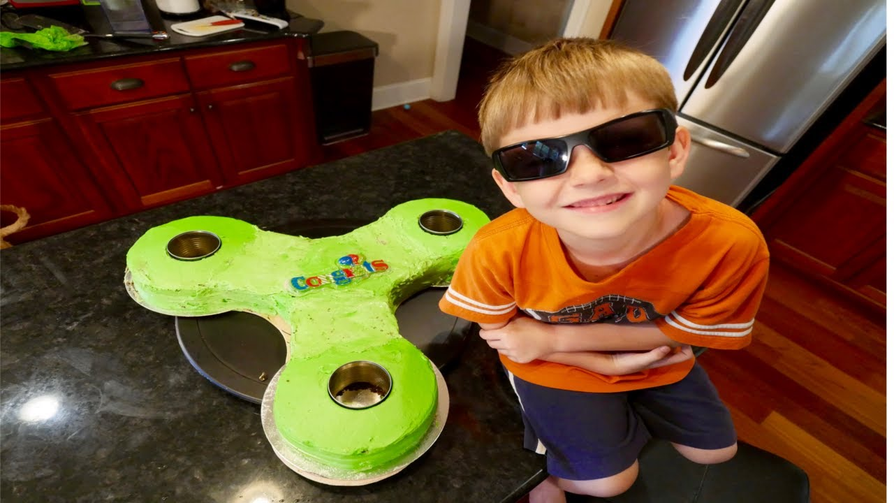 Giant Fidget Spinner Cake Diy Youtube