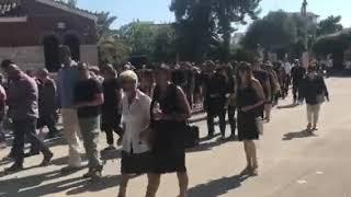 Η κηδεία του Μάνου Αντώναρου