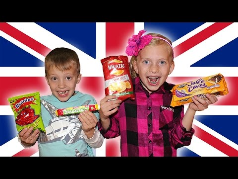 Kids Try Foods From the UK || FAMILY EDITION!
