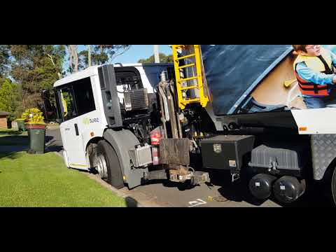 City Of Parramatta The Hills Shire Council Recycling Collection California District #SL804 SUEZ, USA