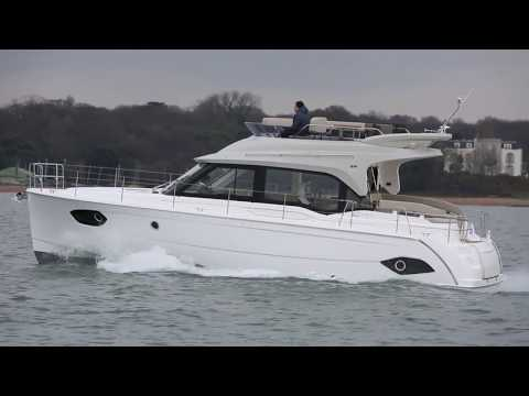 Bavaria E40 Fly review | Motor Boat & Yachting