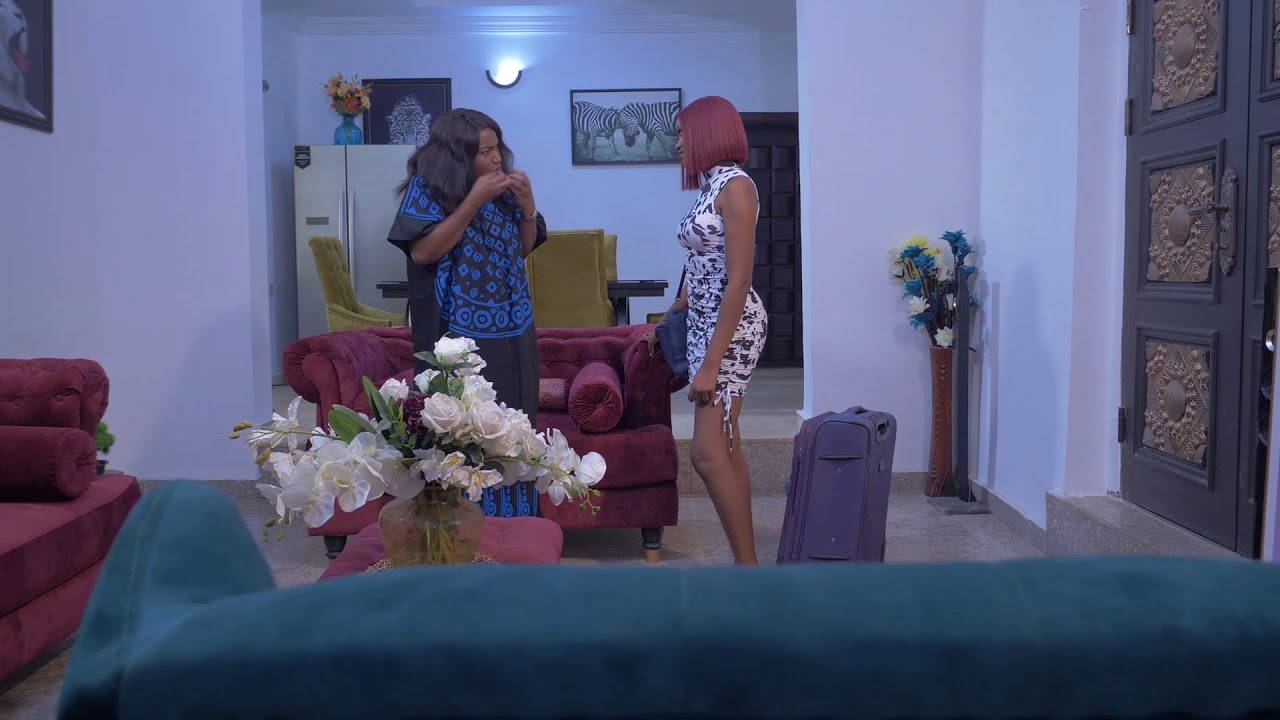 THIS VIDEO WILL MAKE YOUR DAY. WHAT HAPPENED BETWEEN QUEEN NWOKOYE AND CHINENYE WILL CRACK YOUR RIBS