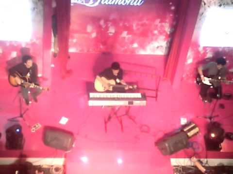 The Overtunes - The Man Who Can't Be Moved