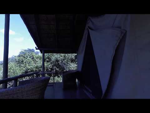 Flatdogs Camp Accommodation overview - Honeymoon Tent