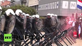 Belgium: Eggs & firecrackers fly as farmers protest in Brussels