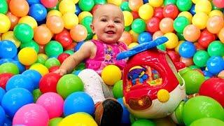 Басейн із кульками і Вертоліт - розвиваючі Дада іграшки для малюків