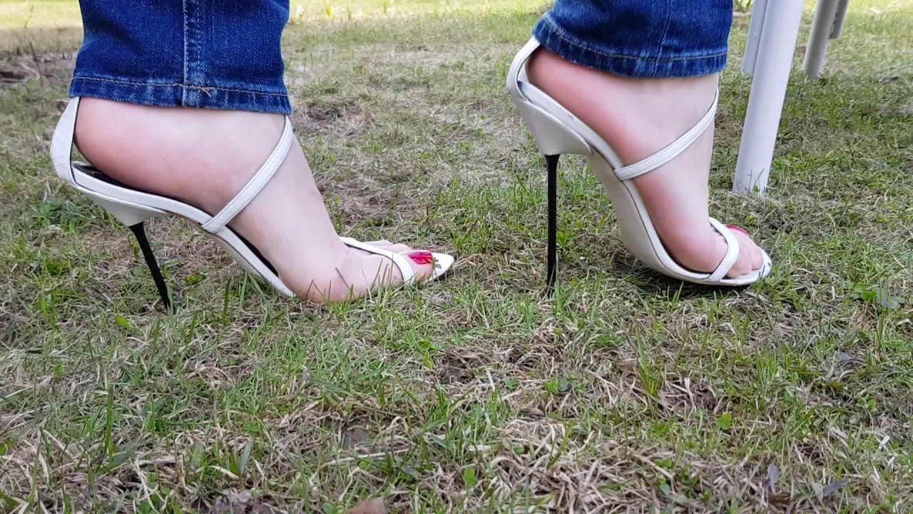 SANTA CRUZ high heels for sale! shoeplay, high heels play, heels dangling, heels walking (scene 23)