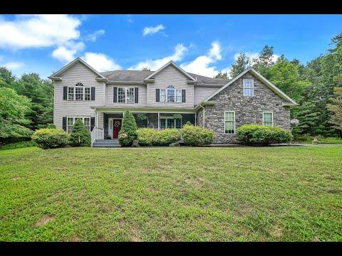 Real Estate Video Tour   133 Bluestone Drive Milford PA, 18337   PA
