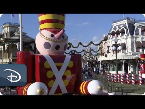 Time-Lapse Video: Magic Kingdom Park Decorated for the Holidays | Walt Disney World | Disney Parks