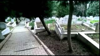 Mezarlıktan gelen ilginç ses çok garip mutlaka izleyin