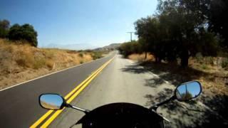 Yamaha R1 in San tim canyon