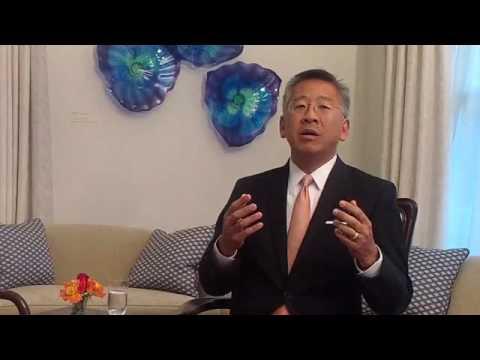 Ora News – Ambasadori Donald Lu flet për Reformën në Drejtësi dhe trafikun e drogës