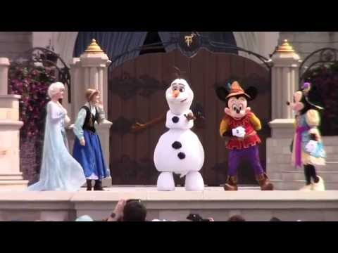 FULL SHOW Mickey's Royal Friendship Faire Show at Magic Kingdom w/ Frozen, Tangled, Princess & Frog
