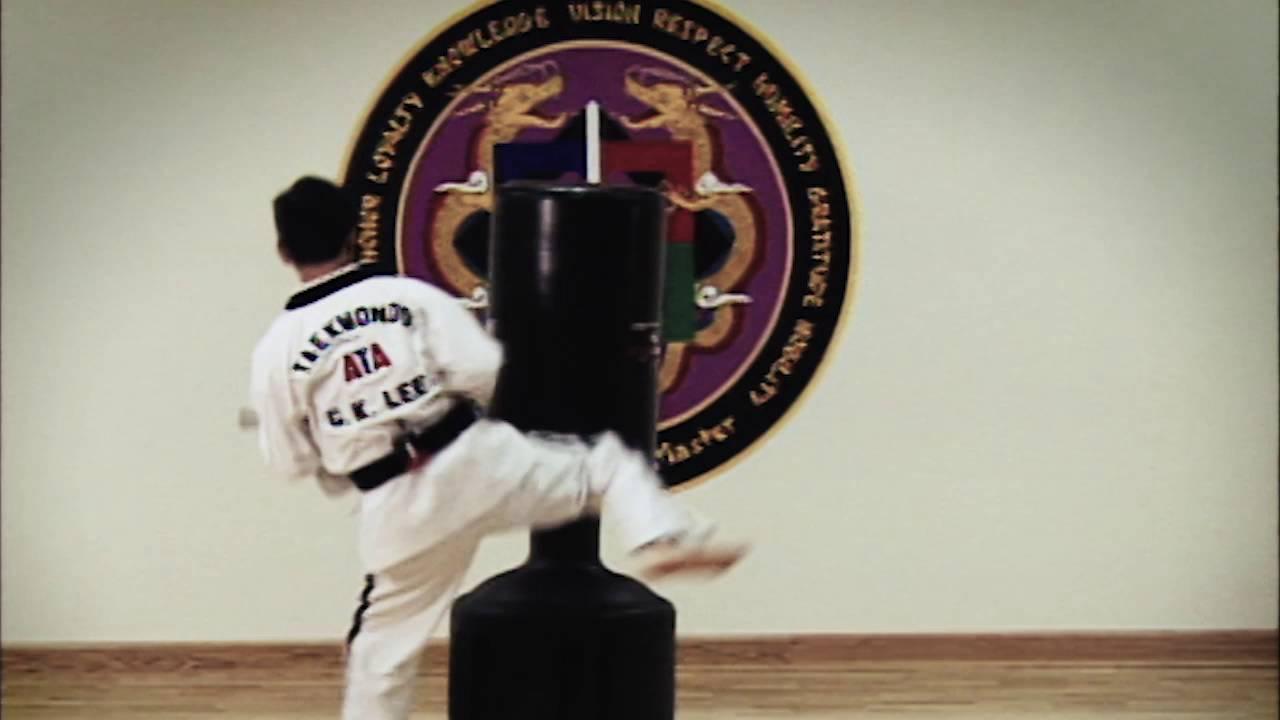 Chief Master GK Lee testing for 9th Degree Black Belt - YouTube