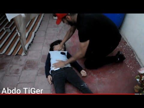 فيلم قصير: أخطر حي فالدار البيضاء...... غادي إجيبو ليه واحد بوليسي واعر (شاهد شنو غادي إديرو ليه)