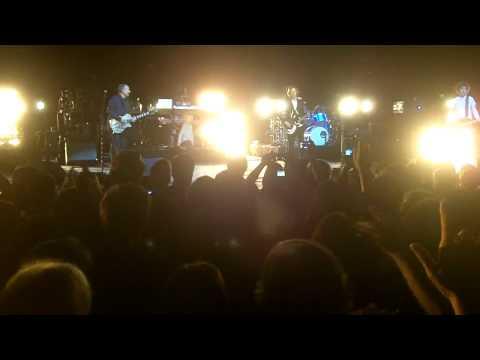 BECK E PRO LIVE SANTA BARBARA BOWL W/ COSIMO 5/24/2012