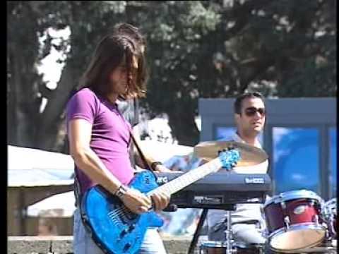 Banda Lado Lunar - O que o tempo mudou ( Verão Total 2010 Rtp1)