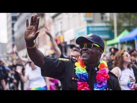 Toronto police withdraw bid to march in uniform in 2018 Pride parade