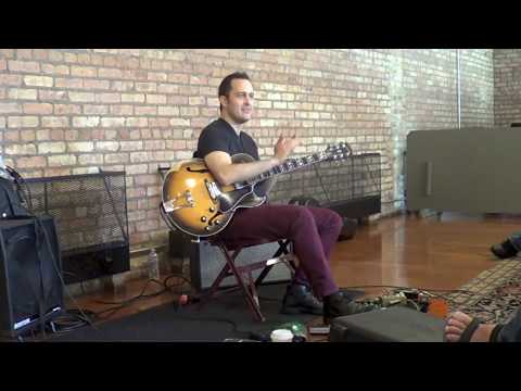 A short clip from Jonathan Kreisberg's Clinic at Old Town School of Folk Music