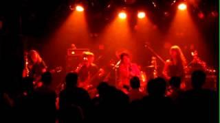 東京を中心に活動するガールズロックバンド「七彩☆GLITTER」 2013.8.30 ...