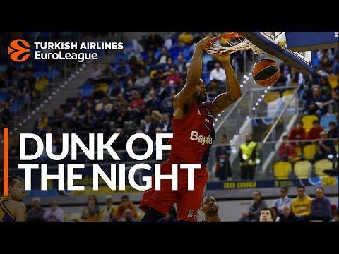 Dunk of the Night: Devin Booker, FC Bayern Munich