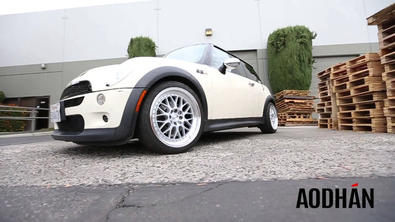 aodhanwheels ah02 on 2006 mini cooper youtube. Black Bedroom Furniture Sets. Home Design Ideas